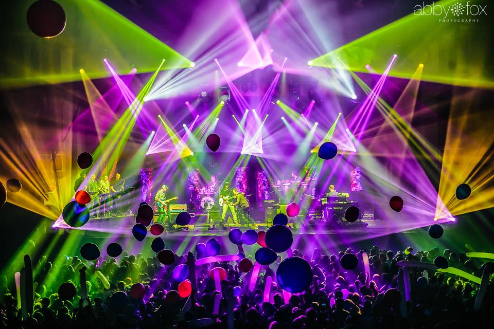 Umphrey's McGee Live at The Aragon Ballroom – New Years Chicago Residency