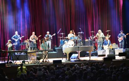 Brian Wilson Fans Have Fun, Fun, Fun at Ravina