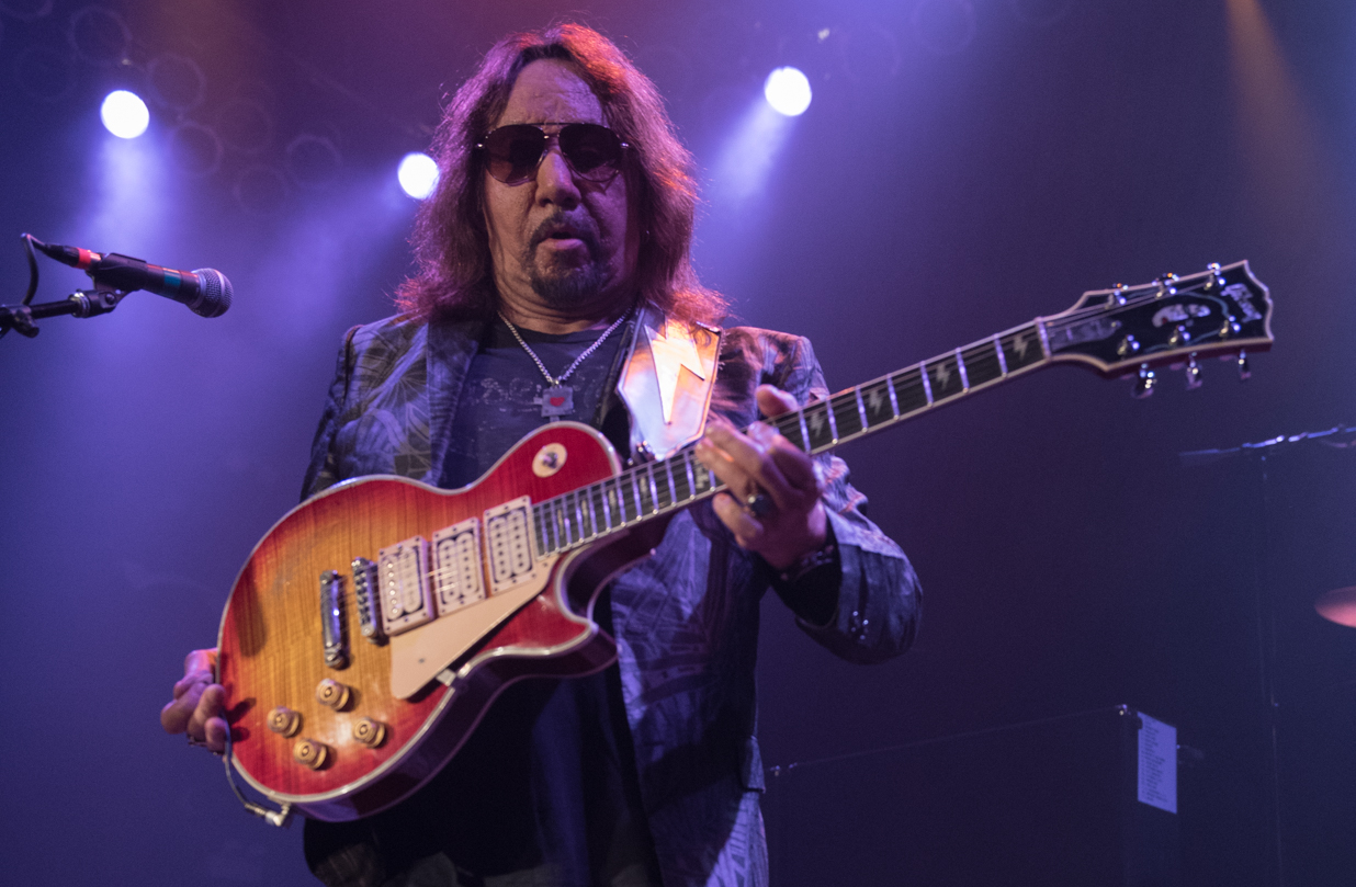 Ace Frehley's Rocket Ride Performance At House of Blues Chicago