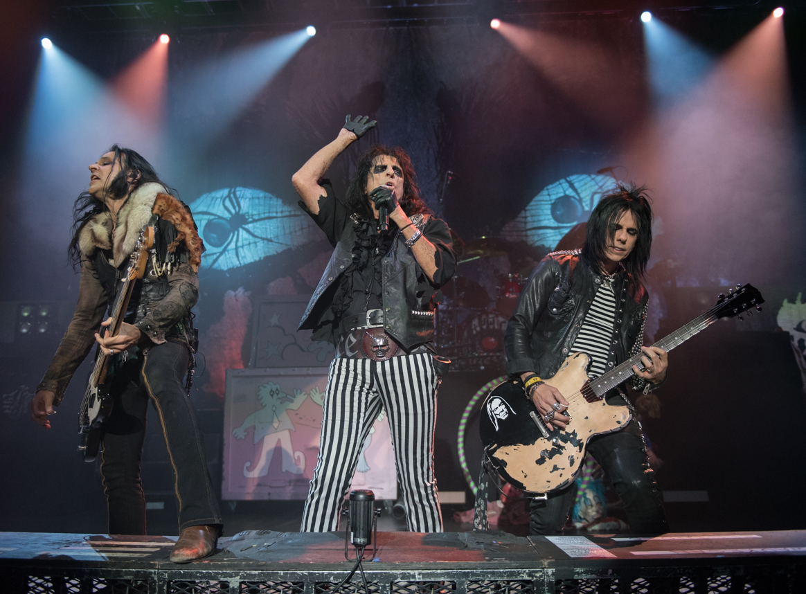 Alice Cooper Brings His Nightmare To The Genesee Theatre