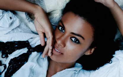 Urban Chanteuse Amel Larrieux Takes Center Stage At City Winery
