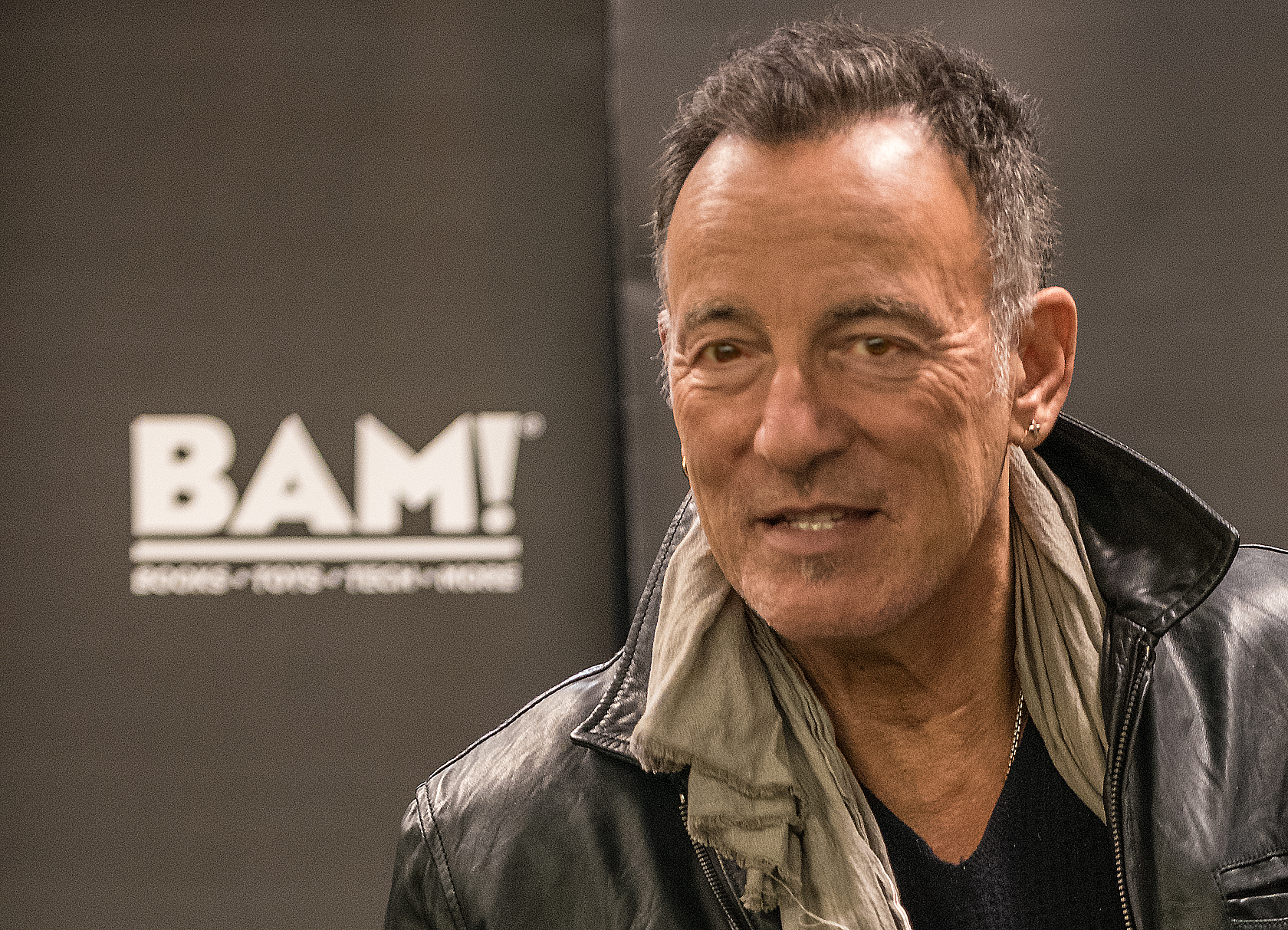 Bruce Springsteen @ Books A Million (BAM) in Chicago