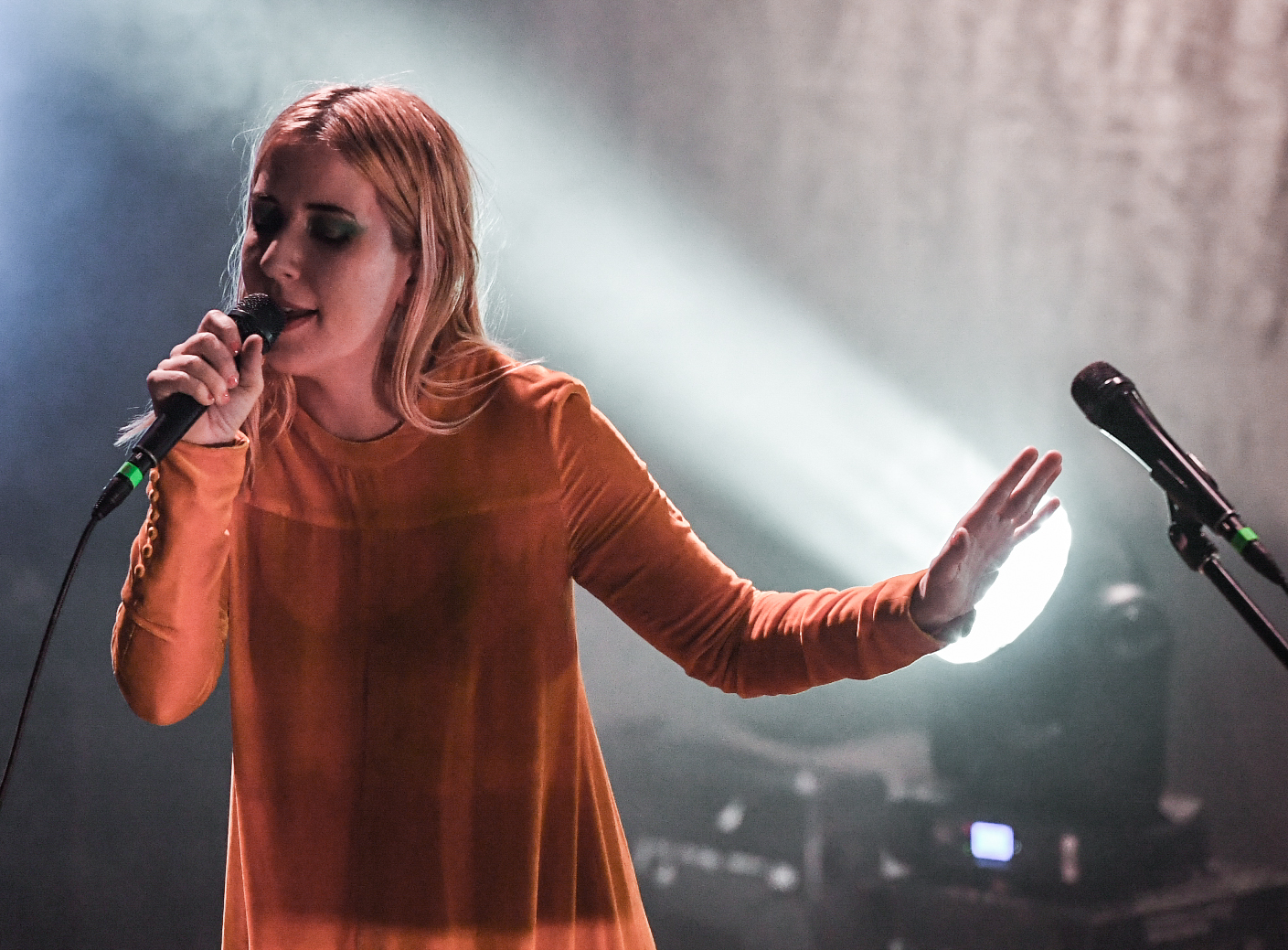 Synth Pop Group Austra Tour Chicago Landing Gig At Thalia Hall