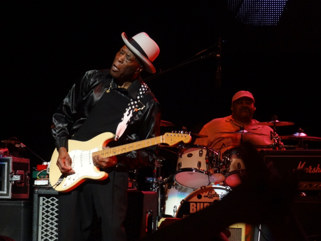 Photo Gallery : Experience Hendrix featuring: Buddy Guy, Bootsy Collins, Zakk Wylde, Dweezil Zappa, Jonny Lang and more