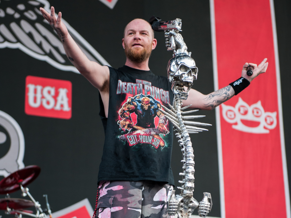 Photo Gallery : Five Finger Death Punch @ COA 2016