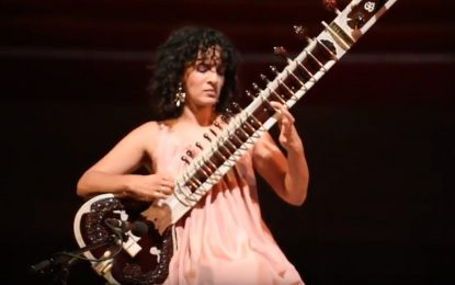 Anuoshka Shankar Performs 'Land of Gold' at Pritzker Pavilion Chicago