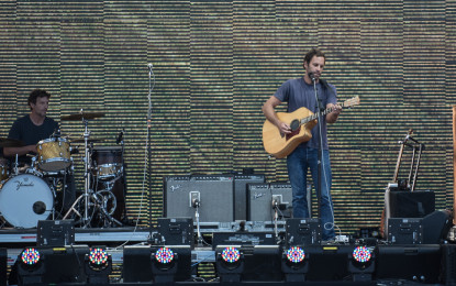 Photo Gallery : Jack Johnson @ Farm Aid 2015