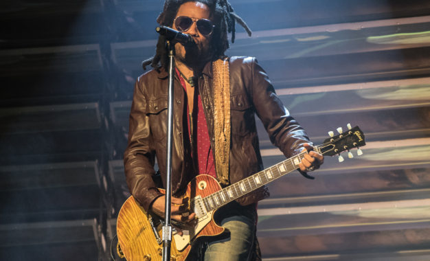 Continuing His 'Raise Vibration' Tour, Lenny Kravitz Not Only Celebrated The Album Release, But 30 Year Career At Ravinia