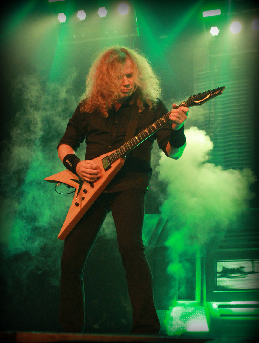 in the loop magazine megadeth dystopia world tour iwireless center moline in the loop magazine. Black Bedroom Furniture Sets. Home Design Ideas
