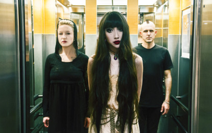 Postapocalyptic Gypsy Punk singer / songwriter Nostalghia comes to Chicago