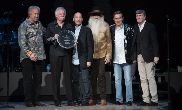The Oak Ridge Boys Perform Final Curtain Call At Star Plaza Theatre