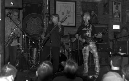 Photo Gallery : Robbie Krieger Live at Reggies