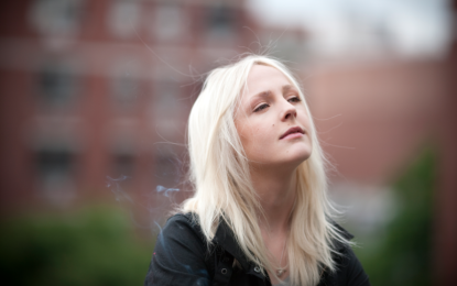 Laura Marling performs solo show at the Athenaeum Theatre