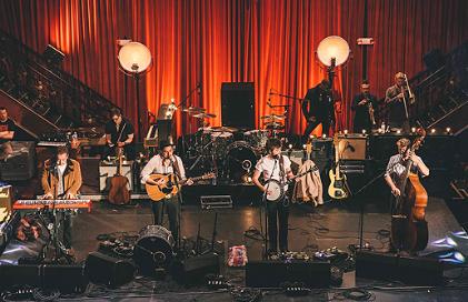 Mumford & Sons Reschedule Concert in Chicago
