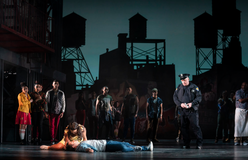 Lyric Delivers With Energetic, Vibrant 'West Side Story'