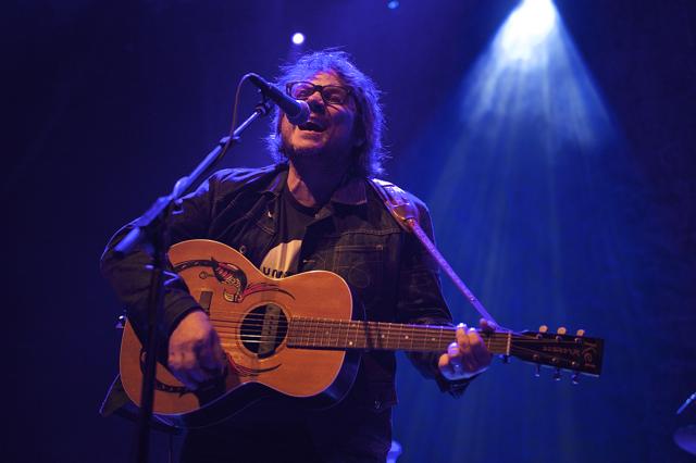Photo Gallery – Wilco at the Riviera Theatre