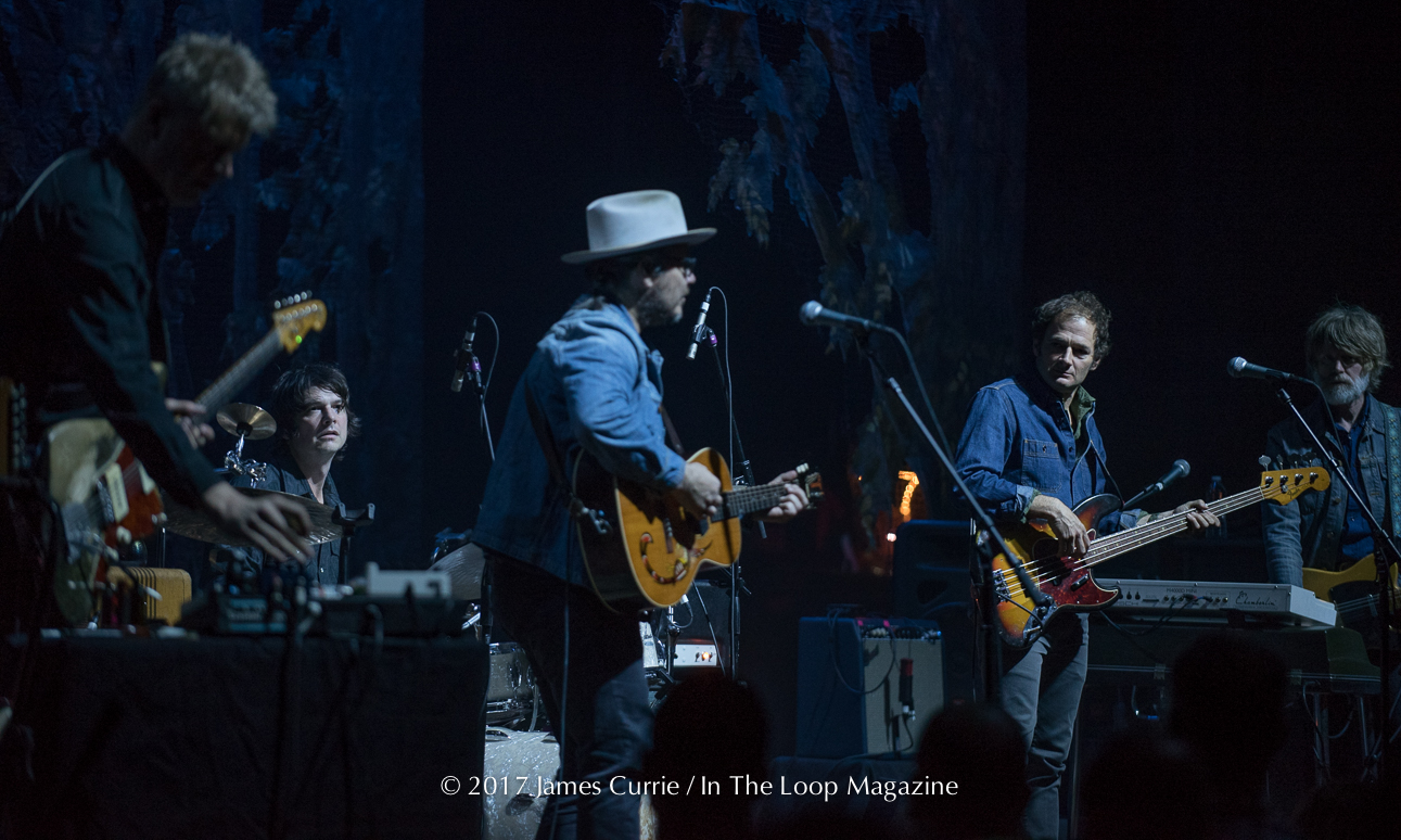 "Chicago Theater Show ""Winterlude"" Reaffirms Wilco's Status as Chicago's Definitive Rock Band"