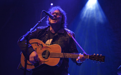 Wilco Play Sold Out Show At The Riviera Theatre