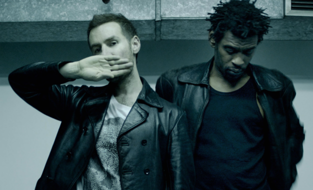 The Chicago Theatre Undergoes A Massive Attack Of Sonic Mellifluous