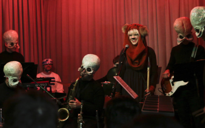 Figrin D'an and the Modal Nodes Play To A Packed House Of Wretched Hive Of Scum And Villainy